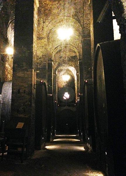 Botti Cantina Montepulciano