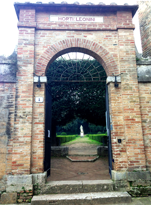 Entrata Horti Leonini