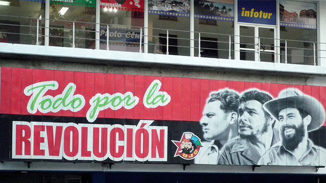Todo por la revoluciòn