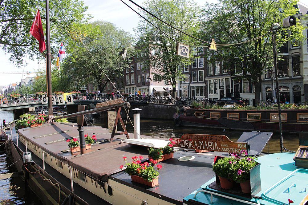 Vivere su una houseboat ad amsterdam sara l 39 esploratrice for Houseboat amsterdam prezzi