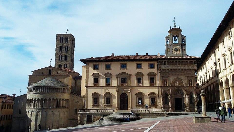 cosa vedere ad Arezzo: piazza grande