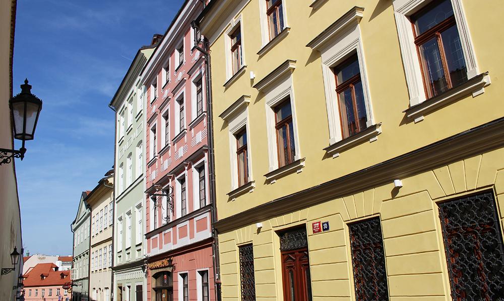 edifici colorati a Praga