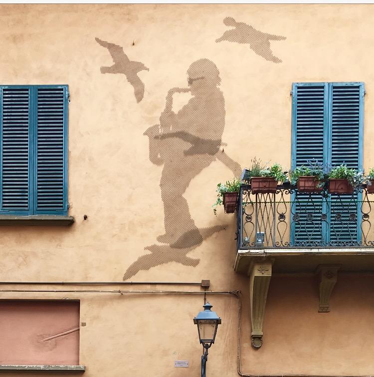visitare Bologna in un giorno; casa Lucio Dalla