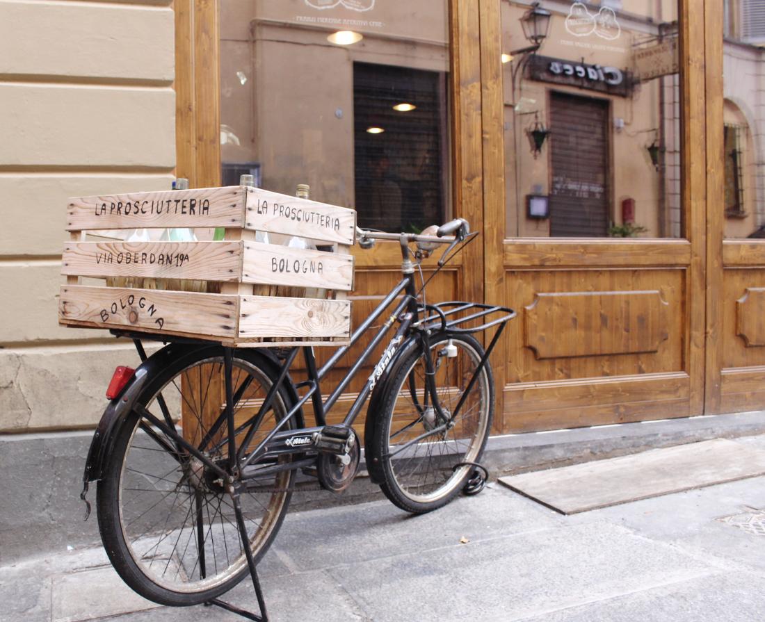 per le strade di Bologna