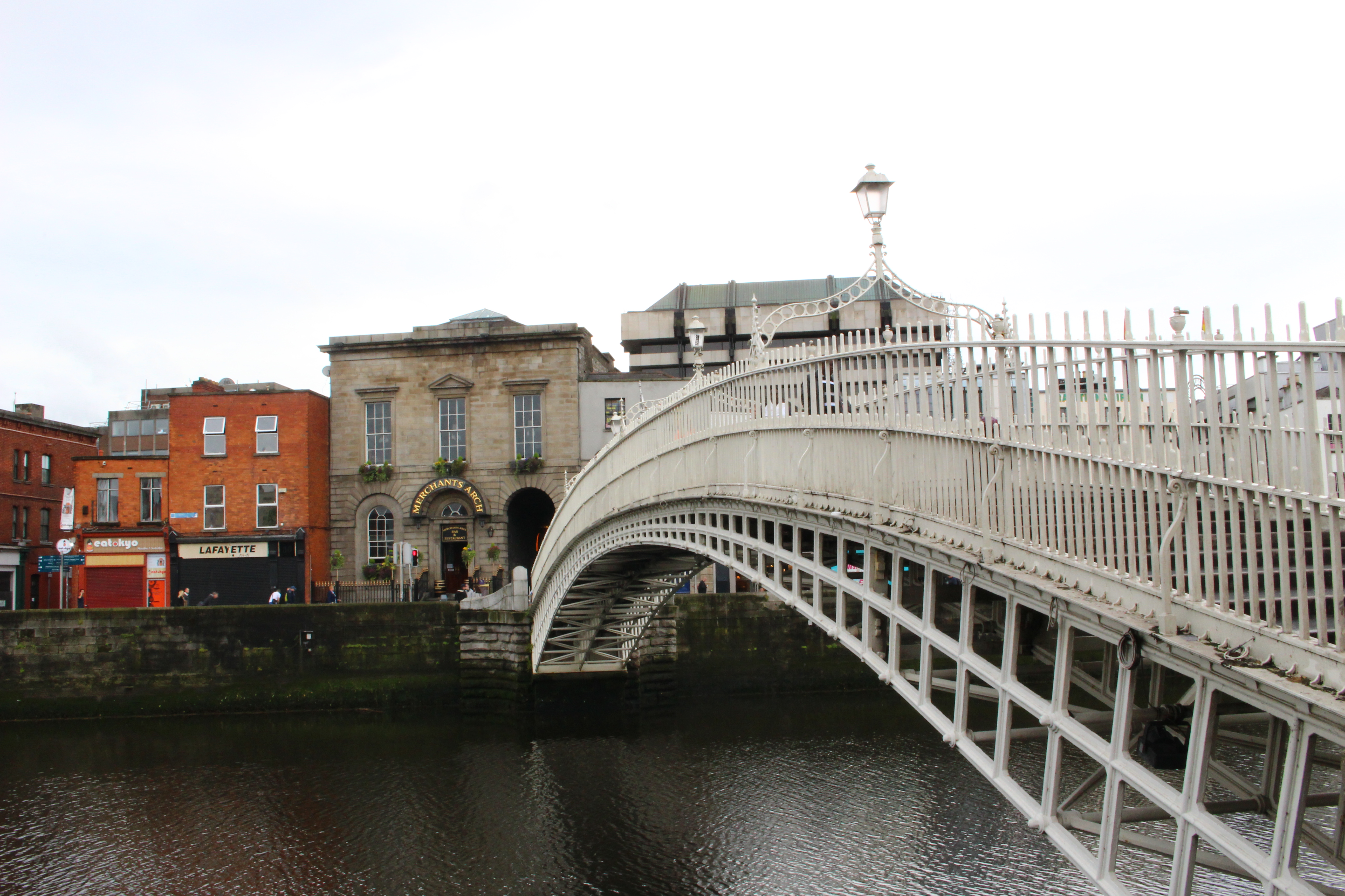 attrazioni da vedere a Dublino - Ha' Penny Bridge