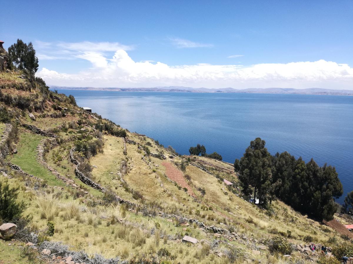 lago tra Perù e Bolivia Titicaca