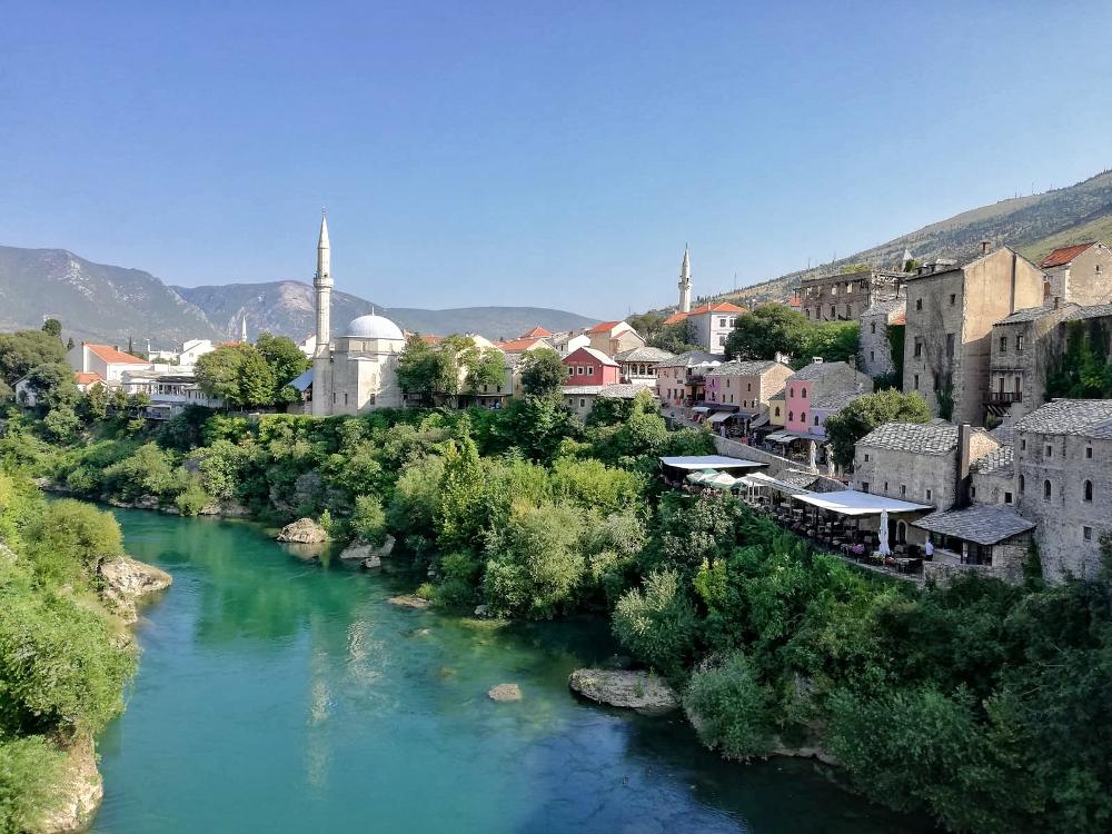 cosa vedere a Mostar: veduta del centro storico