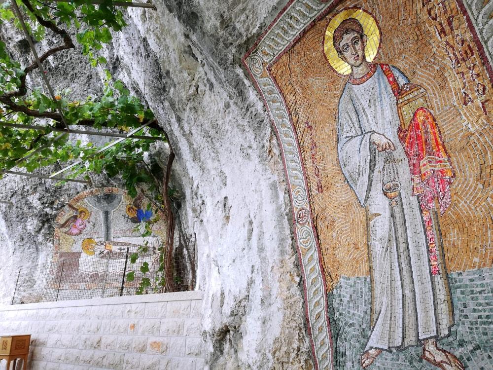 monastero di ostrog mosaici grotte