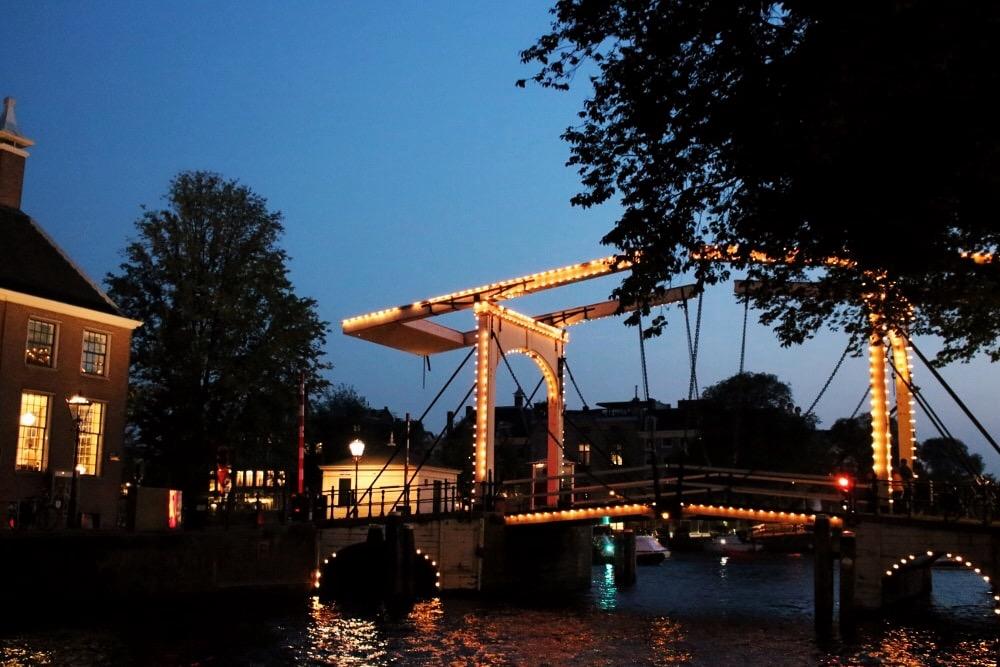 itinerario Amsterdam: vista di notte