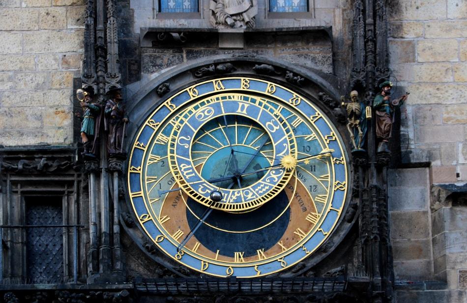 visitare praga: orologio astronomico