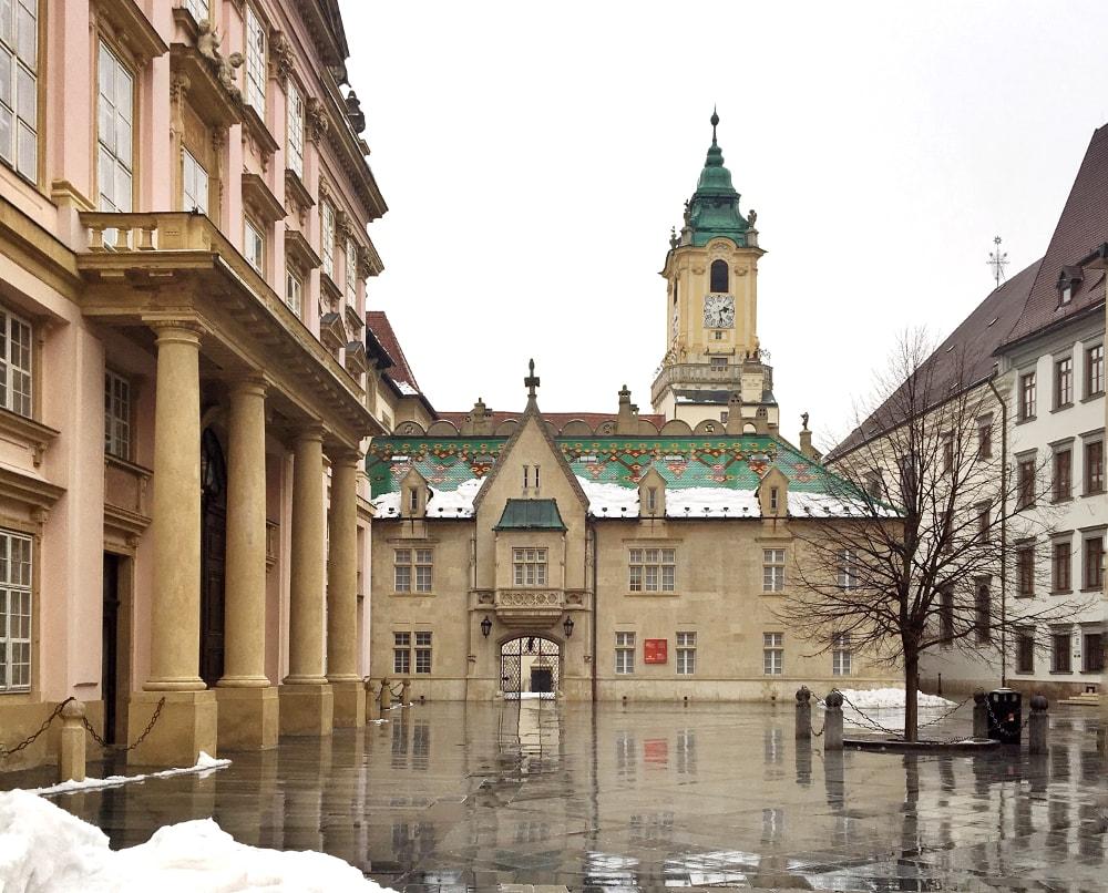 cosa vedere a bratislava: vecchio municipio