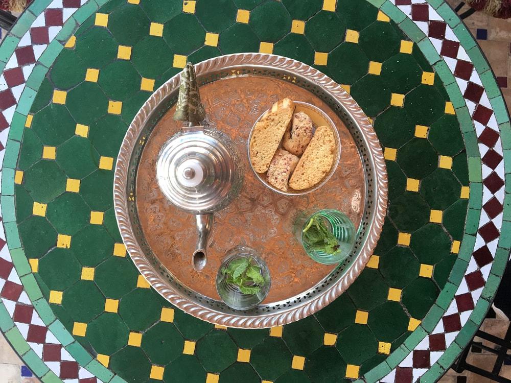 cucina marocchina: tè alla menta