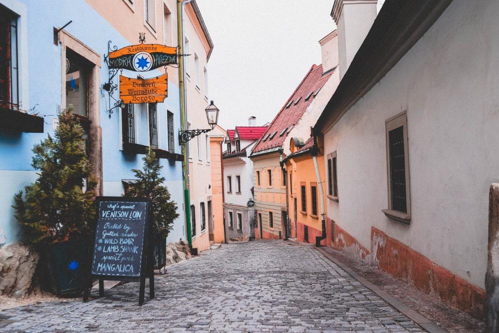 weekend economico europa: bratislava