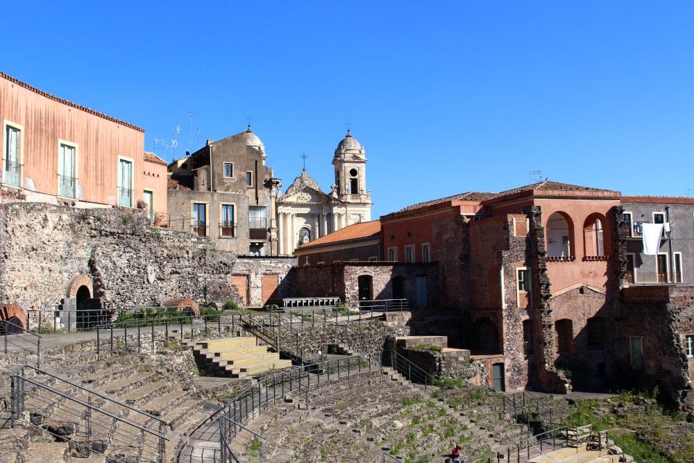 visitare catania: teatro antico